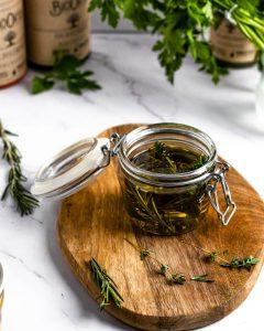 Ulei de masline cu ierburi aromatice